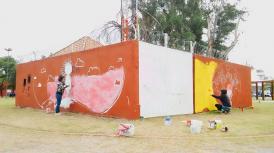 Realizan murales artísticos en el Parque Pulgarcito